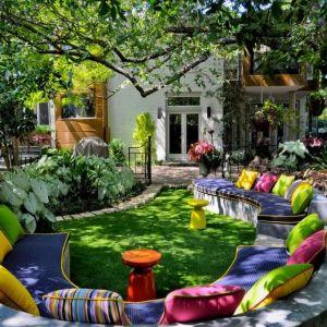 yard Seating